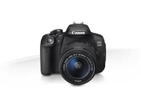 Çok temiz canon 700d 18 55 mm lens