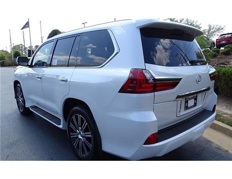 2019 / LX570 With kit / GCC only 16,934KM