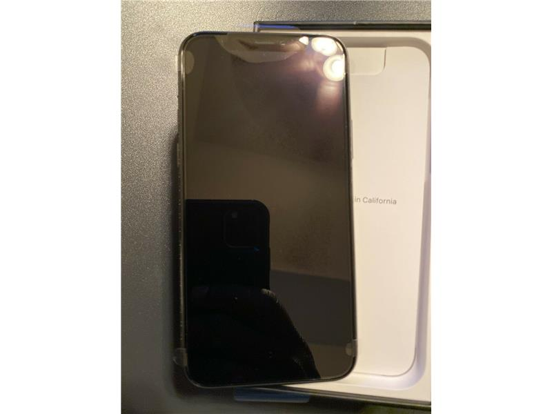 Unlocked Apple iphone 11 pro max 512GB